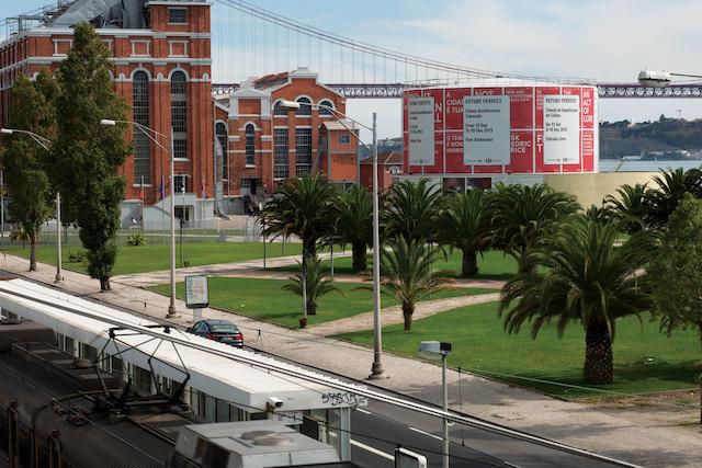 2013 Lisbon Architecture Triennale Identity